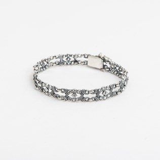 voorbeeld van een van onze Armbanden