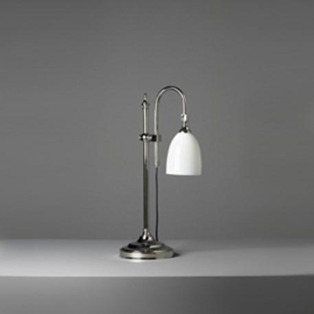 Tafellamp met glanzend nikkel armatuur en opaal wit glas